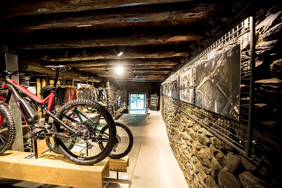 showroom Commençal Andorre